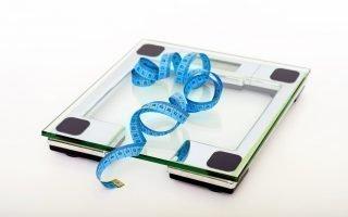 Почему стресс способствует набору лишнего веса