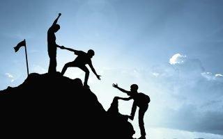 Специфика лидерства в больших и малых группах