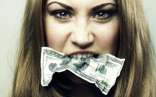 Чем опасна алчность у женщин