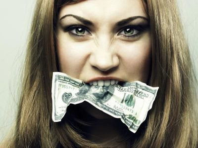 алчная женщина