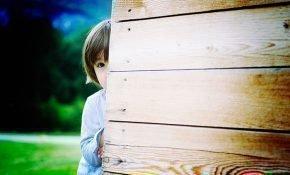 Как избавить дошкольника от застенчивости