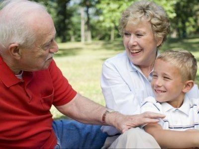 бабушка ревнует