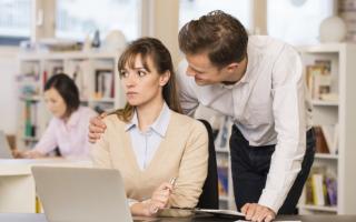 Как справиться с ревностью начальника или коллег на работе