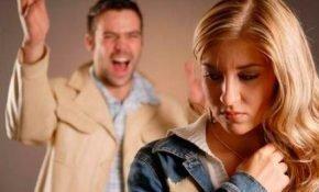 Почему муж постоянно ревнует жену без повода и как бороться с чувствами